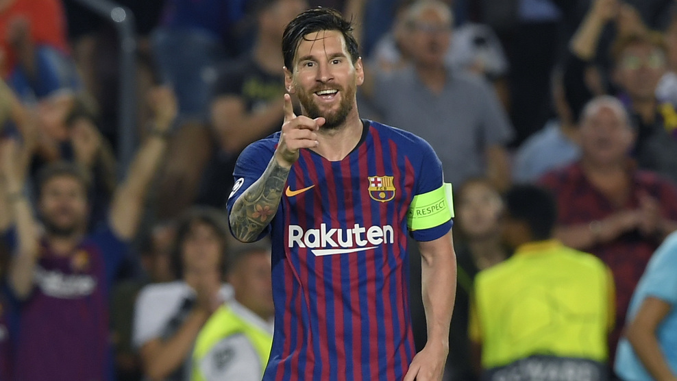 Lionel Messi lập hat-trick trong chiến thắng 4-0 của Barcelona trước PSV Eindhoven trên sân khách tại lượt trận mở màn vòng bảng Champions League 2018-2019.