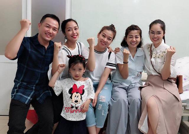 VOH-Duong-Cam-Lynh-chia-se-ve-Mai-Phuong-va-Tran-Thanh-3
