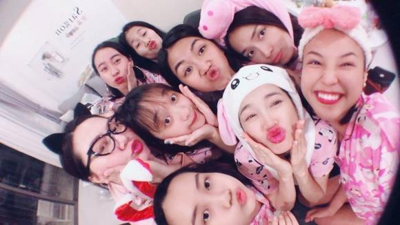 buoi-tiec-pijama-huong-phan-chia-tay-doi-doc-than-cua-nha-phuong-2