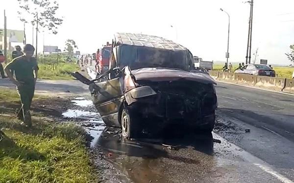 Chiếc xe bị cháy tại hiện trường