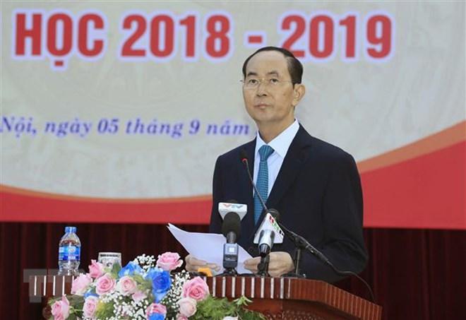 Chủ tịch nước Trần Đại Quang phát biểu tại Lễ khai giảng năm học 2018-2019 của trường Trung học phổ thông Chu Văn An, Quận Tây Hồ (Hà Nội), sáng 5/9. (Ảnh: Nhan Sáng/TTXVN)