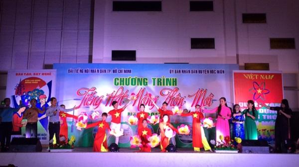 Chương trình tiếng hát nông thôn mới tại Hóc Môn voh.com.vn