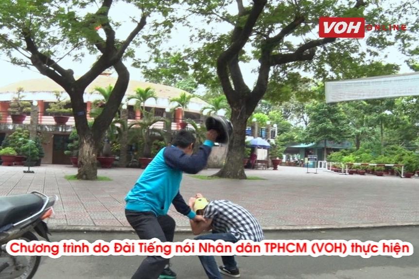 Thoát hiểm khi bị đánh bằng nón bảo hiểm