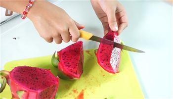 Cùng con vào bếp (Số 3): Các cách cắt, bổ trái cây đơn giản nhất