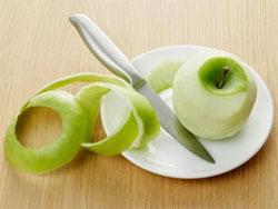 Vỏ táo có tác dụng giúp ngăn ngừa nguy cơ béo phì