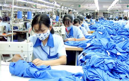Dệt may của Việt Nam lớn nhưng chưa mạnh