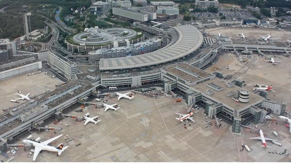 Đức bắt giữ một nghi can thuộc IS tại sân bay Düsseldorf