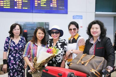 Thanh Tuyền về nước làm liveshow tại Saigon